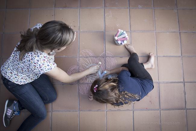 pintando con mamá